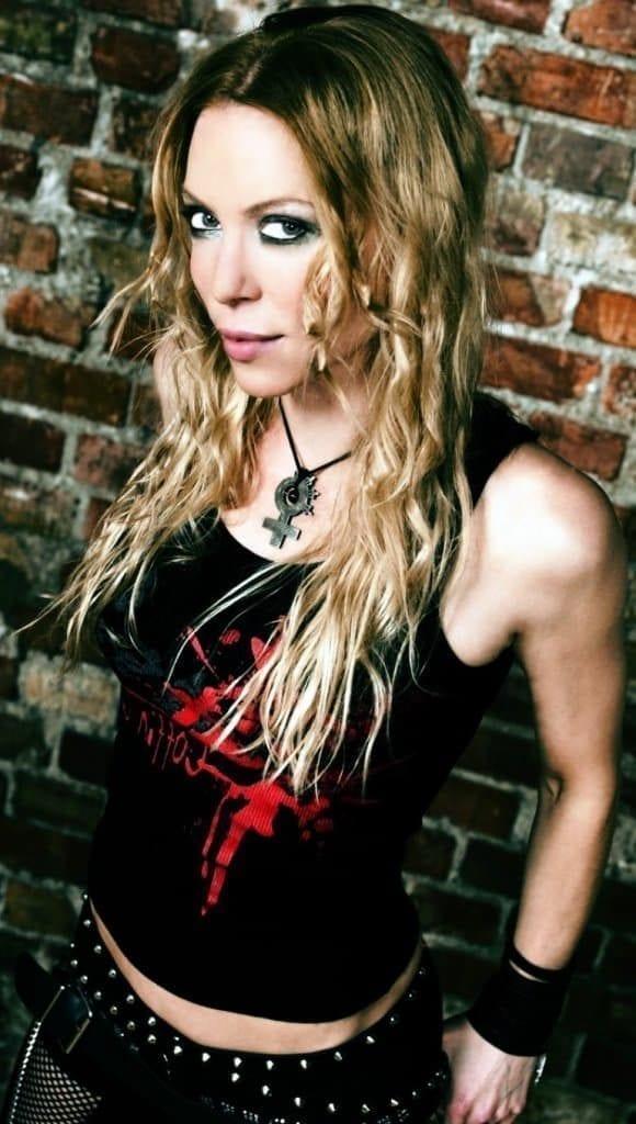 Arch Enemy – Angela Gossow sosem köntörfalaz